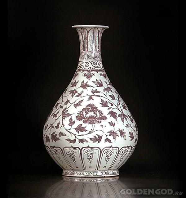 Китайская фарфоровая ваза династии Юань