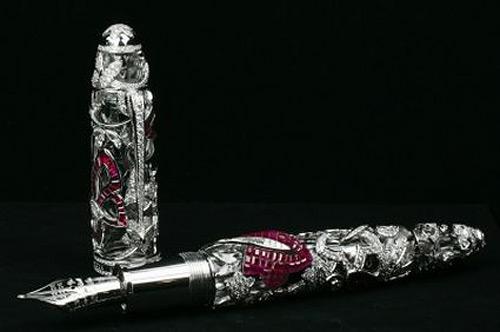 Очень дорогая ручка - Montblanc