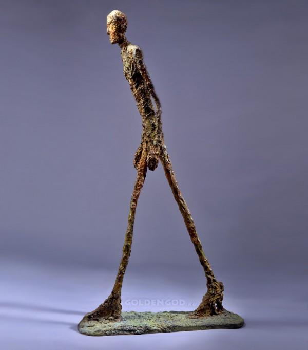 Шагающий человек, скульптор Альберто Джакометти
