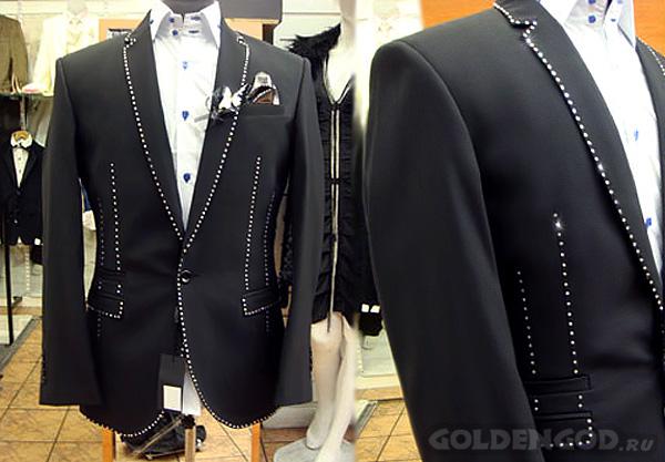Самый дорогой мужской костюм, пиджак от Stuart Hughes и Richard Jewels